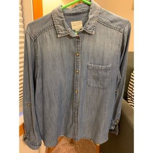 AE relaxed denim shirt